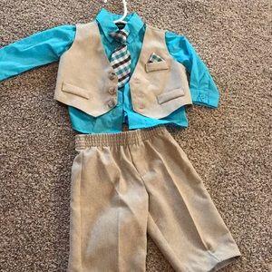 Little boys 0/3 suit! 4 piece